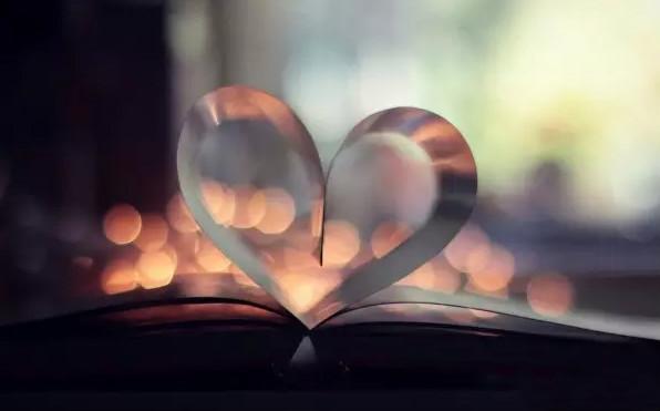 最美的爱情语录,浪漫深情,让我们一起共度余生!